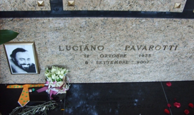 Luciano Pavarotti - The Best Is Yet To Come